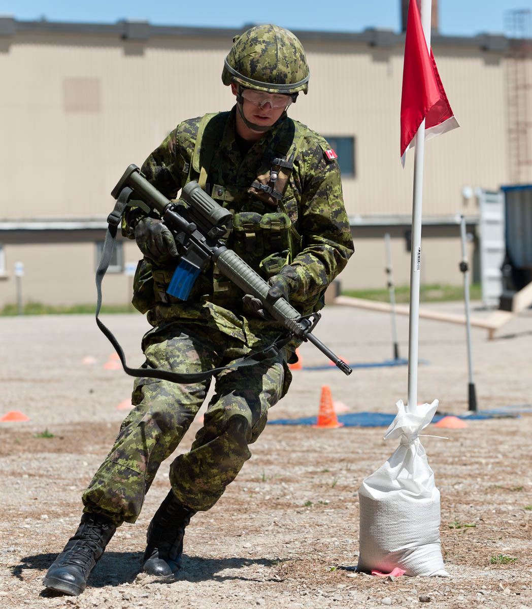 A Canadian Armed Forces soldier completes the CAN LEAP course